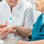 10 attività benefiche per persone avanti con gli anni